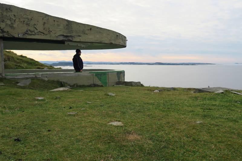 En av mange bunkere på Fjøløy.