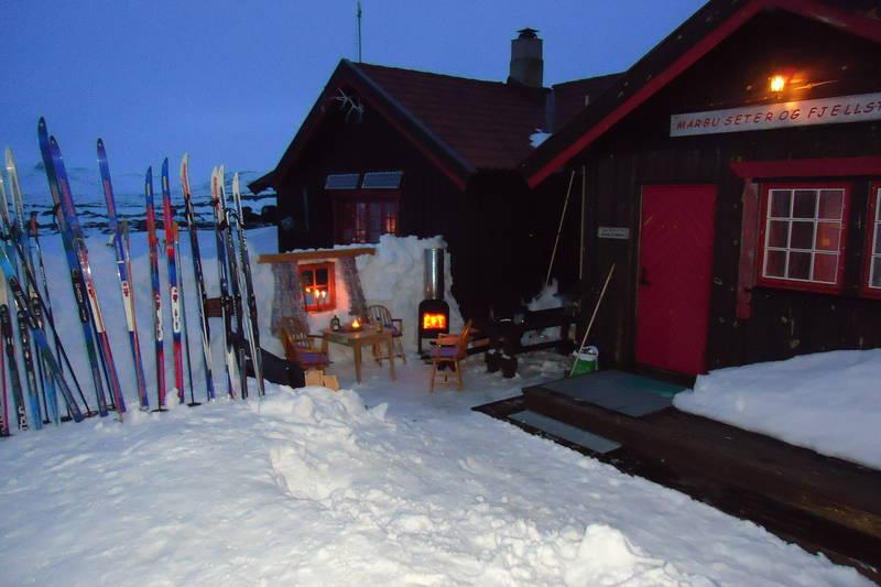 Skitur til Mårbu for gruppe på 24 stk