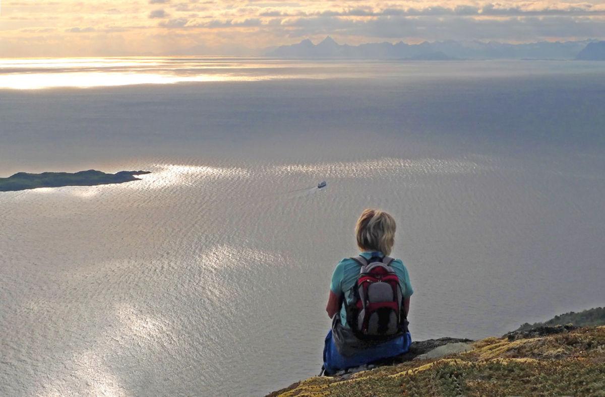 Utsikt vestover mot Lofoten fra vestre del av Salen