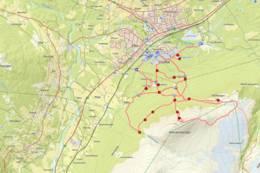 Her i Kåsen finnes et omfattende stinett, kartet viser stiene i området.  -  Foto: Oddveig Torve