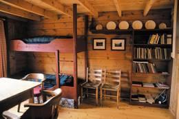 Den gamle hytta er fullt restaurert i opprinnelig stil - Foto: Stavanger Turistforening
