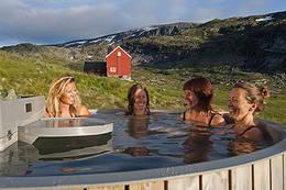 Badestampen på Stavali. - Foto: Terje Rakke