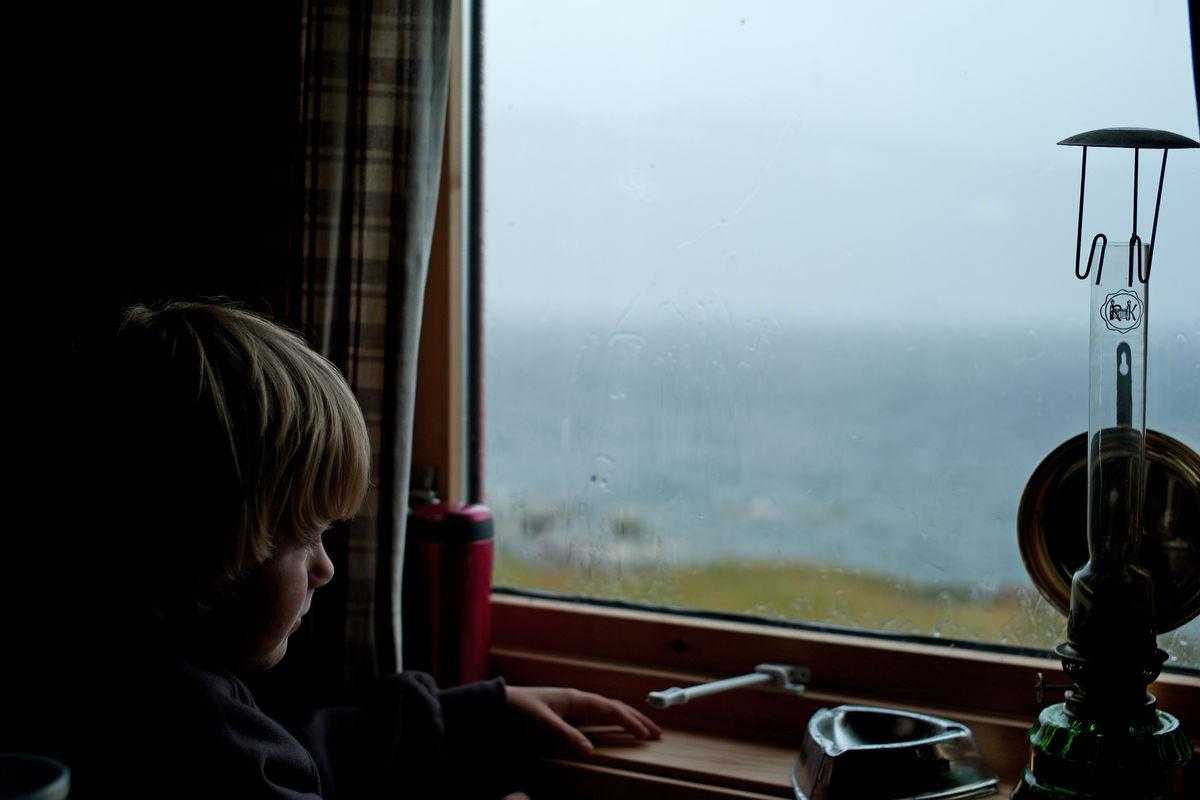 Odin på lillehytta på Gautelis venter på bedre vær