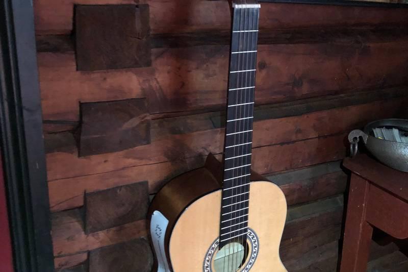 Gitar til bruk for besøkende