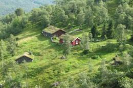 Vollasetra ligger høyt og fritt med utsyn mot Sunndalen. - Foto: Inge Gudmundsen