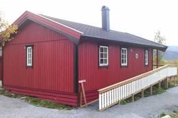 2013 Rana Turistforenings nye hytte på Bolna - tilpasset funksjonshemmede. - Foto: Robert Bjugn