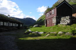 Høysommer ved Skogadalsbøen - Foto: Julie Louise Erdahl Skøien