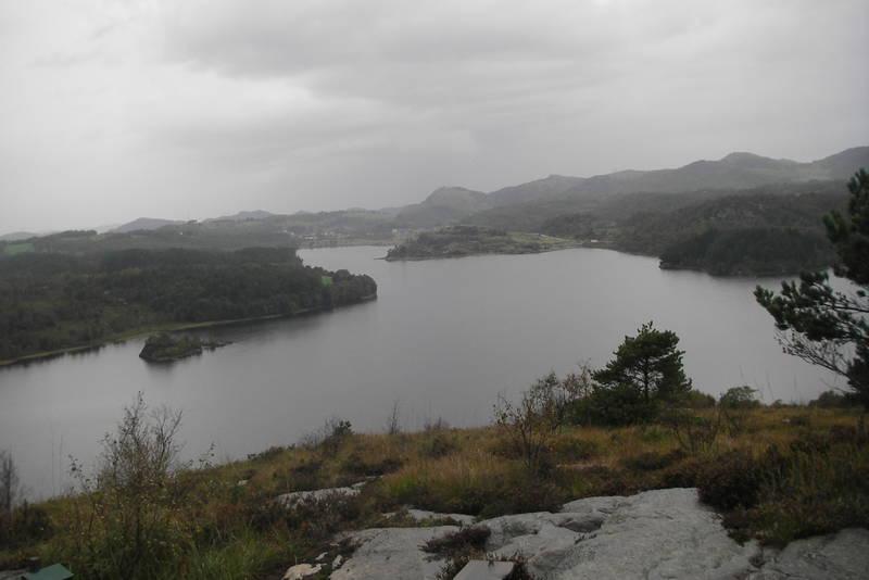 Utsikt over Storavatnet