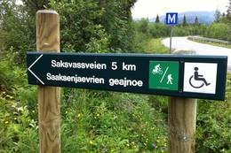Ved parkeringsplass Saksvassveien -  Foto: Kent Mikkelsen