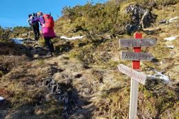 Skiltet mot Strandanipa i Brekkene ovanfor brua ved Hovlandsstølane - Foto: Arnfrid Bergheim