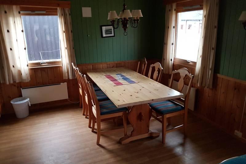 DNT hytte spisebord