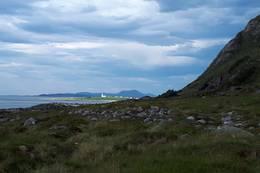 På nordsida av øya tilbake til Alnes - Foto: Bodil Dybevoll
