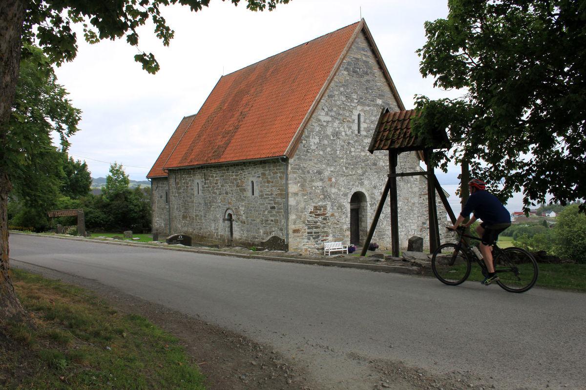 Sakshaug gamle kirke fra 1184