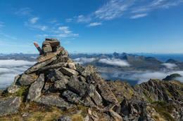 Varde ved toppen -  Foto: Odd Einar Kvarsten