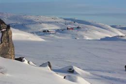 Store Halvorsvatn og Josephsbu -  Foto: DNT Sør