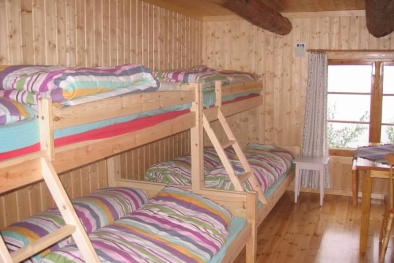 Soverom i Båthuset, som fungerer som sikringsbu for Lauvesetra