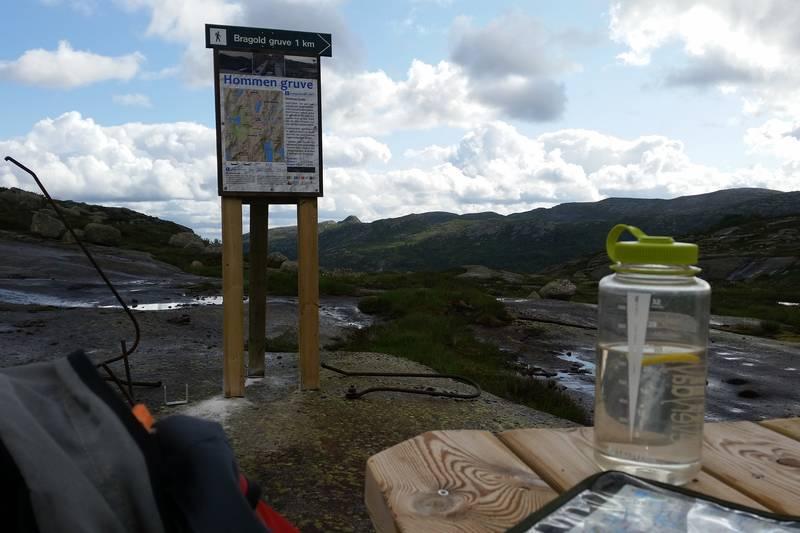 Utsikt og infotavle nær Hommen Gruve