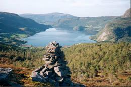 Mot Valsøybotten -  Foto: Inge Gudmundsen