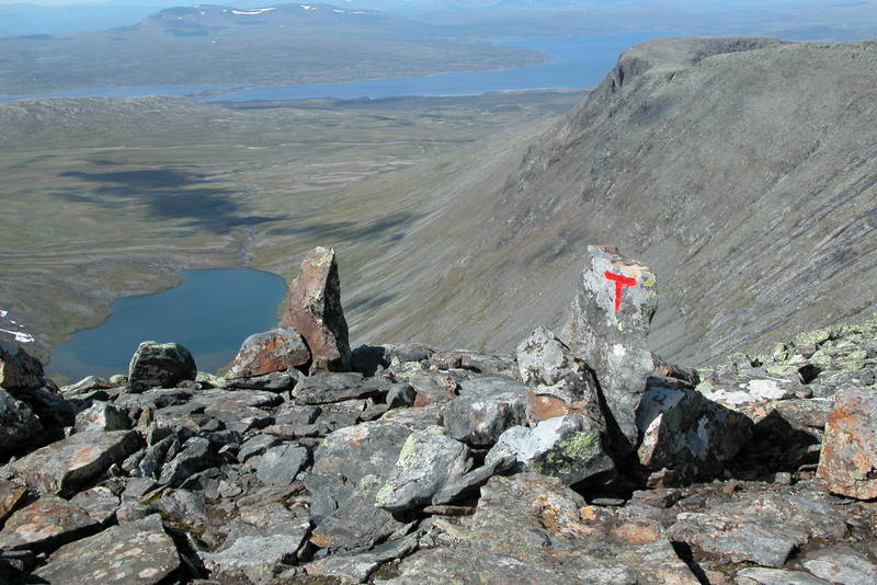 Utsikt mot Syltjønna og Nesjøen fra Storsylen.