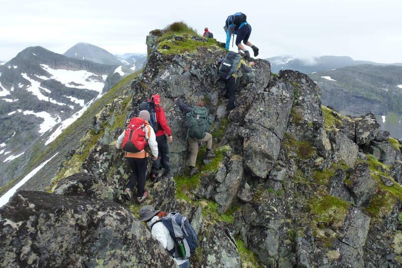 Trollhøttatraversen passer for fjellvante som ønsker å utforske luftige turer.