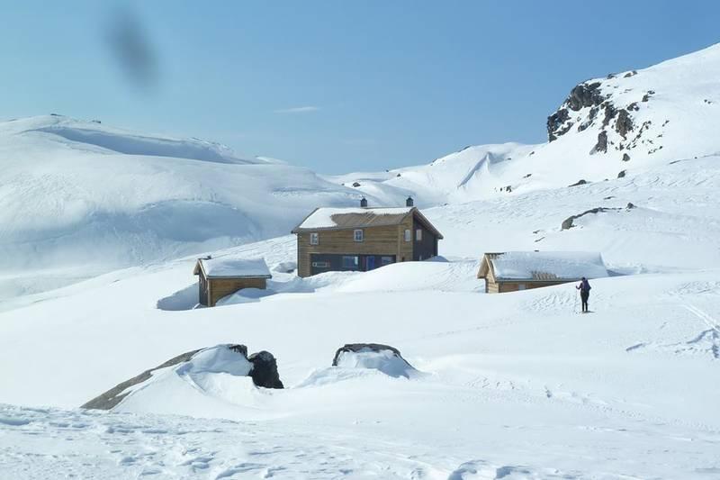 til Gullhorgabu på ski