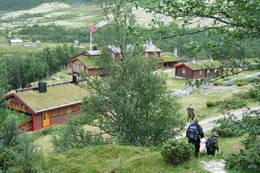 På veg ned mot Bjørnhollia - Foto: Ellen Næsje