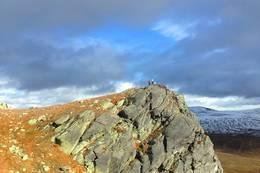 På toppen av et av Rantehønna, 1419 m.o.h. Hønn er dialektord for horn.  - Foto: HIlde Roland