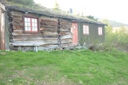 Grytbakksetra på Fjordruta.<br />Juni 2011.<br />  - Foto: Rannei Husby Furre