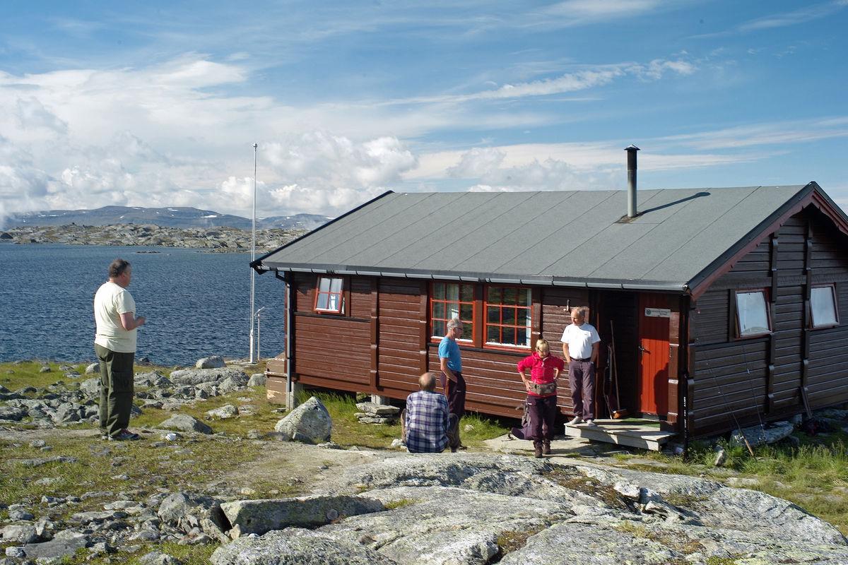 Morrakaffe på NOT sin hytte på Skoaddejávre