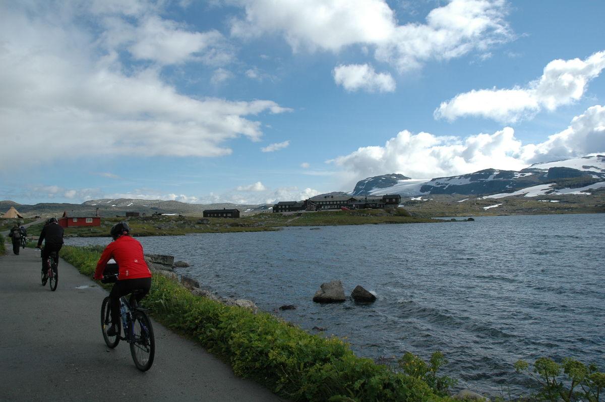 Syklister ved Finsevann