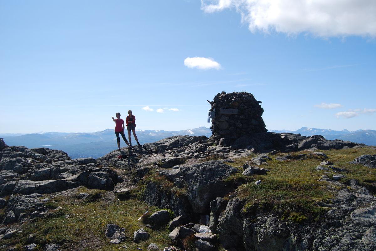 Utsikt mot Trollhemen fra toppen.