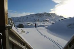 Løkjelsvatn sett fra sikringshytta mot Bordfjell - Foto: ukjent