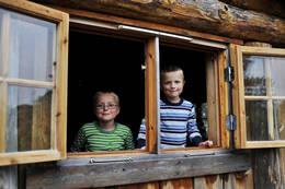 Barnas Naturverden er full av spennende opplevelser for åpne barnesinn. - Foto: Marius Nergård Pettersen