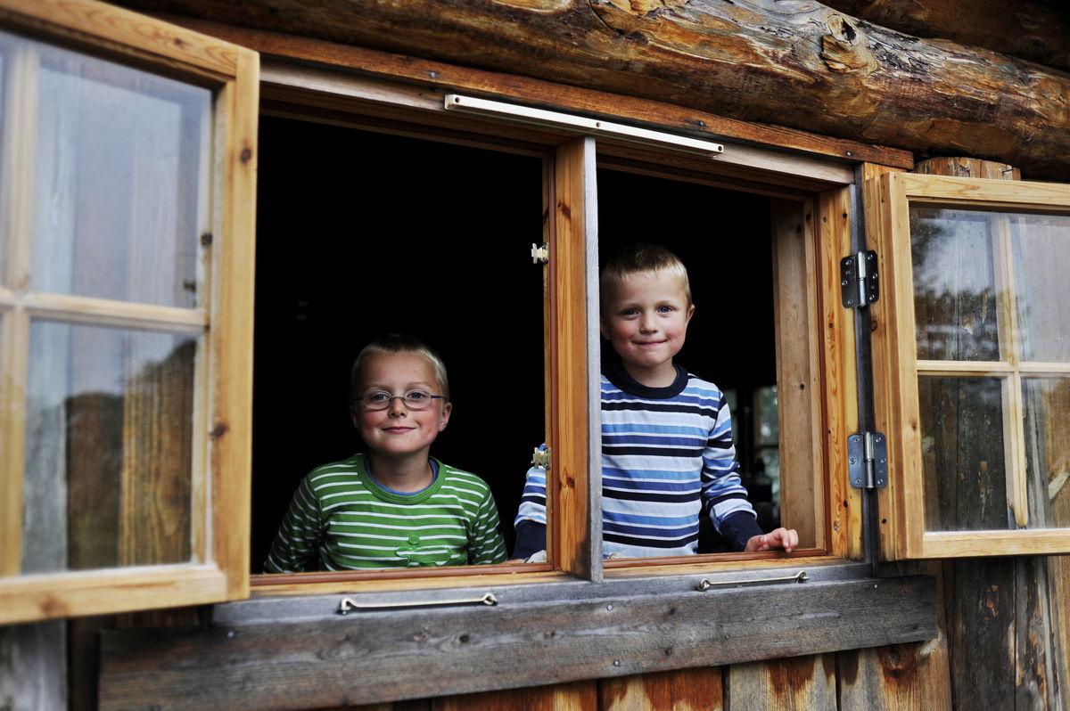 Barnas Naturverden er full av spennende opplevelser for åpne barnesinn.