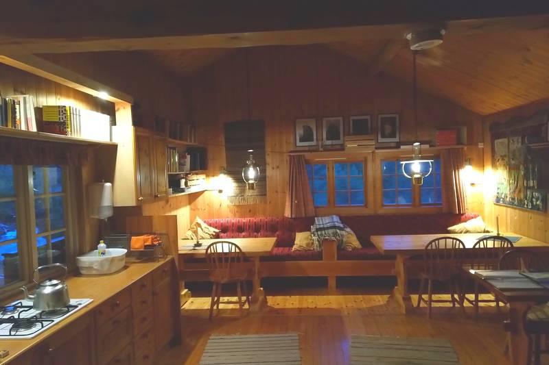 Interiør stue og kjøkken