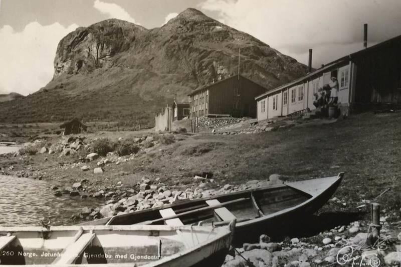 GJENDEBU: Gjendebu er Den Norske Turistforenings eldste hytte. Den ble vedtatt bygd i november 1868, 10 måneder etter at foreningen ble stiftet