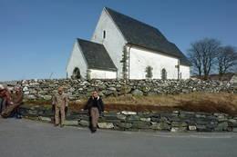 Talgje kirke fra ca 1150 -  Foto: Torgunn Skrudland