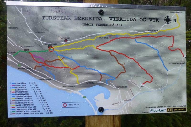 Kart over alle stiane i området.