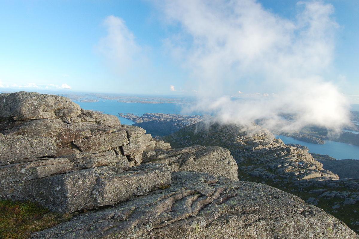 Utsikt frå Pollatinden mot Sognesjøen