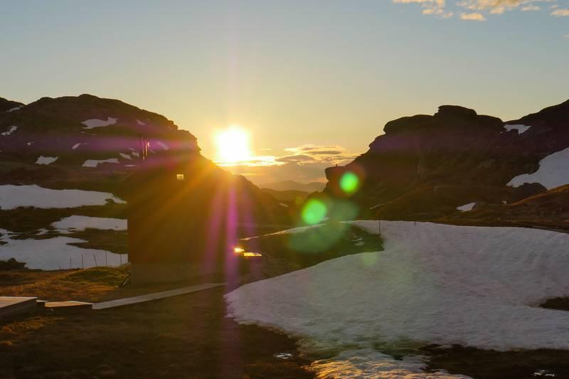 Solnedgang i Stranddalen vinterstid
