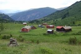 Utsikt ut dalen ved Navarsete - Foto: Ingeborg Flaten