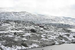 Skoaddejávre(NOT) 23.juli 2010. Første snøen som falt denne sesongen.... - Foto: Kristin Løbach Jordhøy