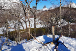 Utsikt fra toppen mot Rødlia - Foto: Kjell Fredriksen