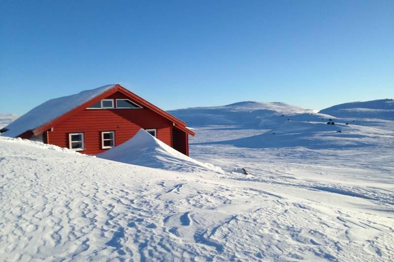 Vassdalstjørn ligger langt til heis, og har godt skiføre til langt utpå våren.