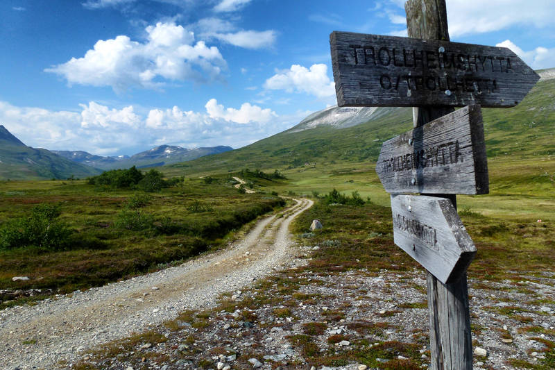 Her velger man om man vil ta turen over Trollhetta eller over Geithetta og Svartådalen