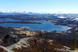 En kommer ikke langt opp før en har utsikt - Foto: Kjell Fredriksen
