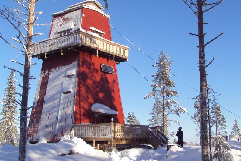 Branntårnet på Haukenesfjellet i Rømskog er DNT Indre Østfolds første turisthytte