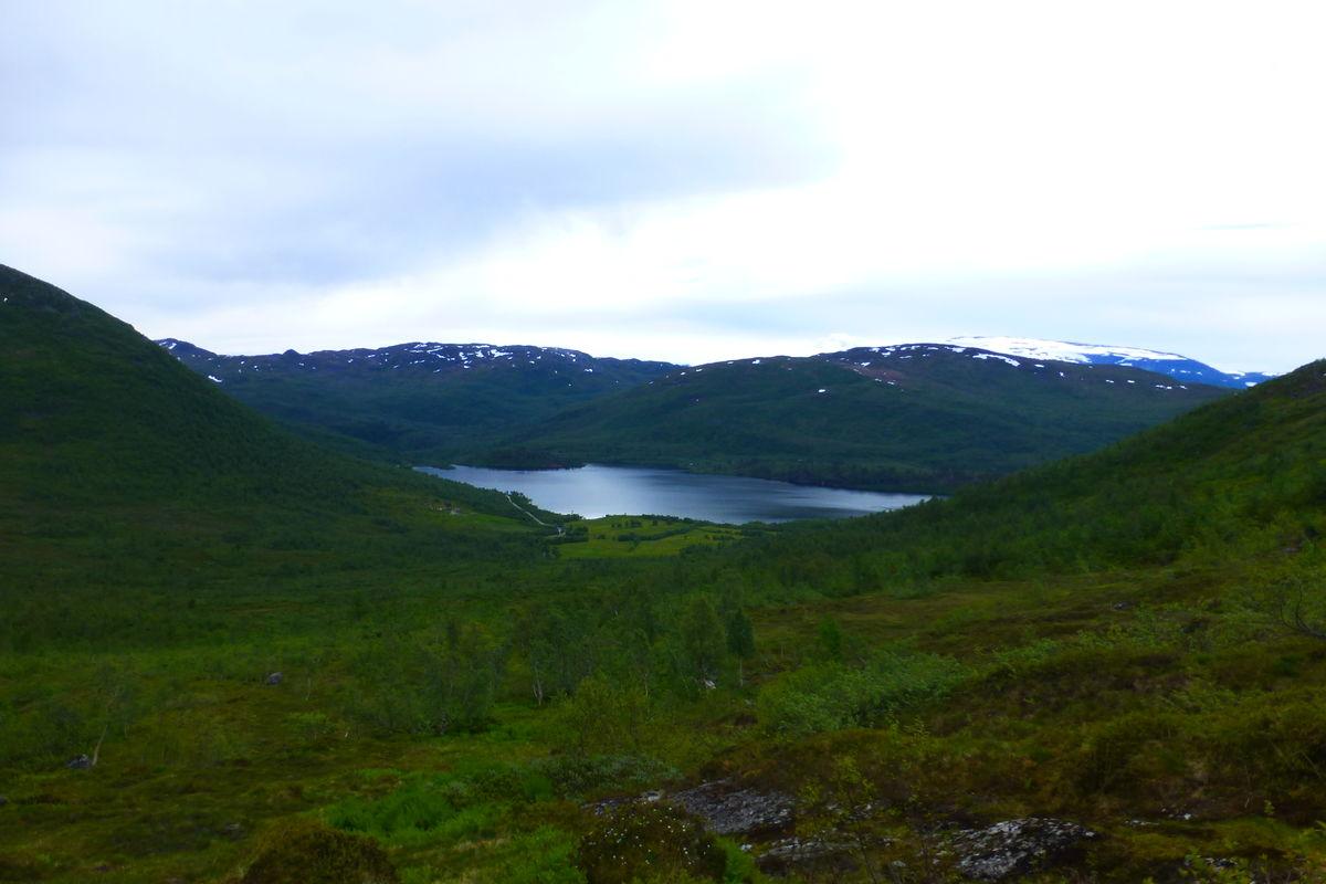 Utsikt mot Grøndalen og Grøndalsvatnet