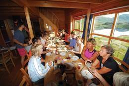 Hytta er trivelig og romslig - Foto: Stavanger Turistforening