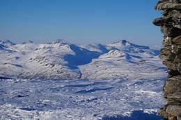Toppen på Kråkvasstinden byr på fin utsikt. -  Foto: Oddveig Torve